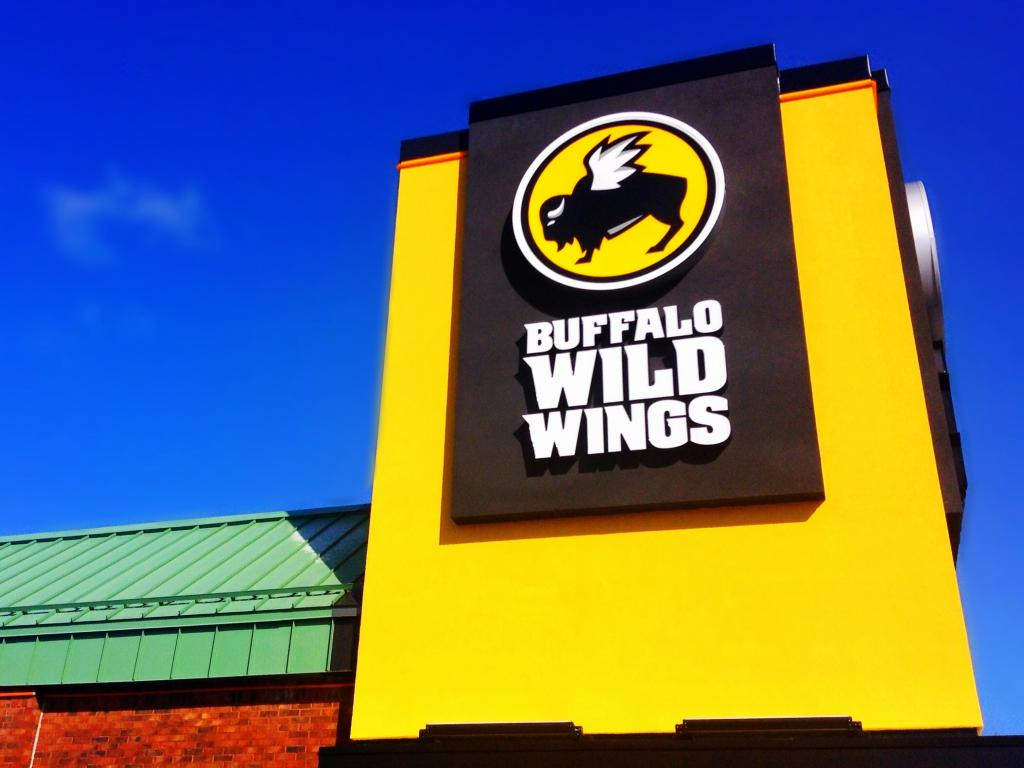 Arby's to buy Buffalo Wild Wings for $2.9bn