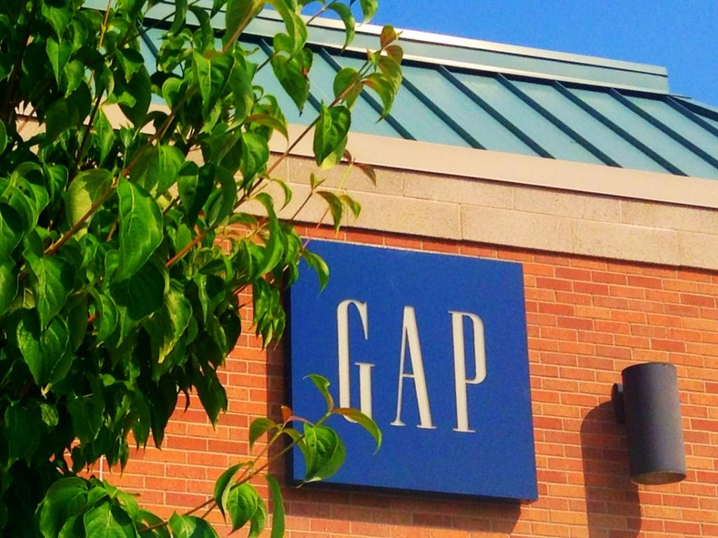 Gap Inc. Reports 12% Drop In Q4 Earnings