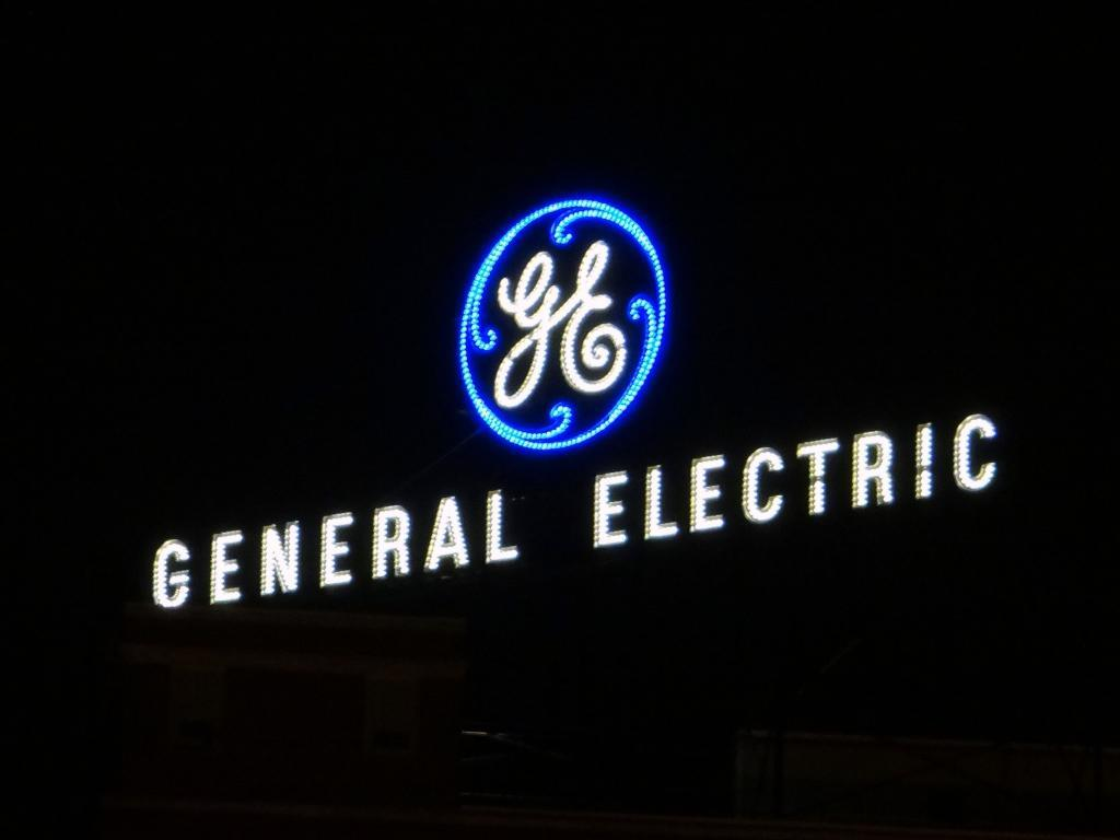 General Electric Co (GE) Holding Increased by Shanda Payment Holdings Ltd