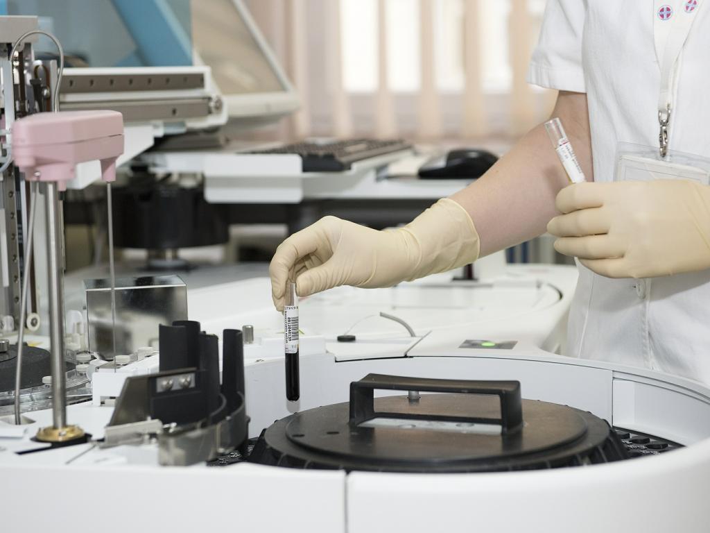 Gilead Sciences Earnings Miss As HCV Sales Plunge