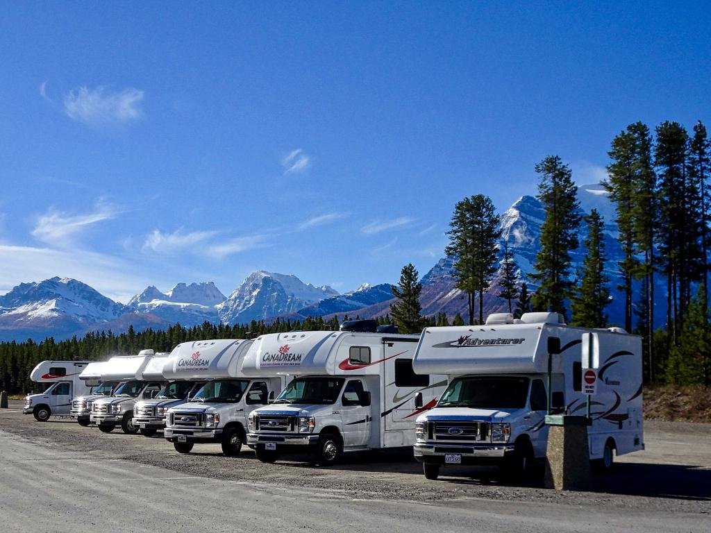 Winnebago Industries, Inc. (NYSE:WGO) Sees Price Decrease - Down $2.83