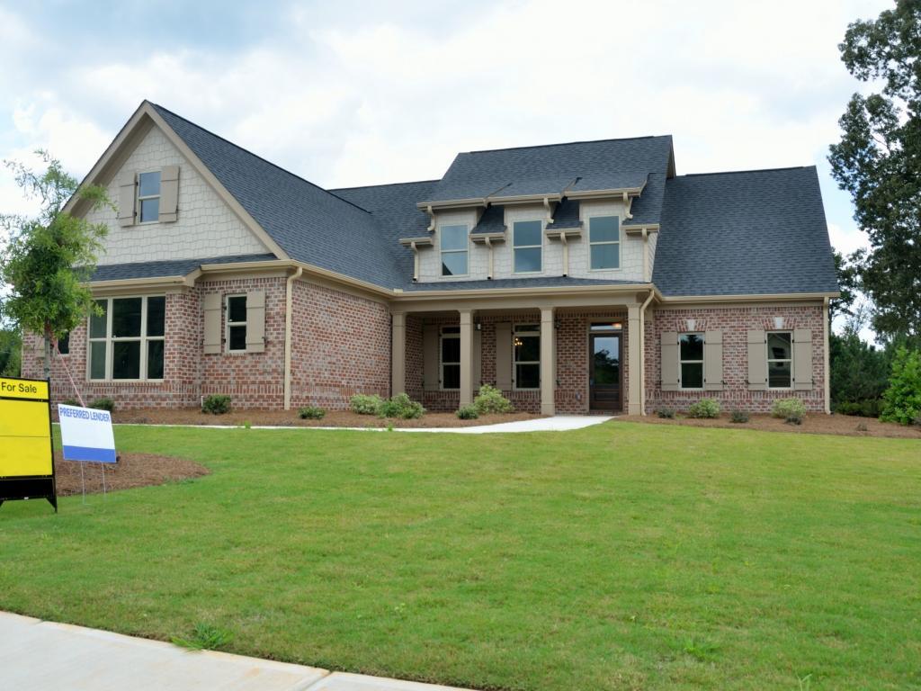How To Make A Home how to make a winning offer on a home | benzinga