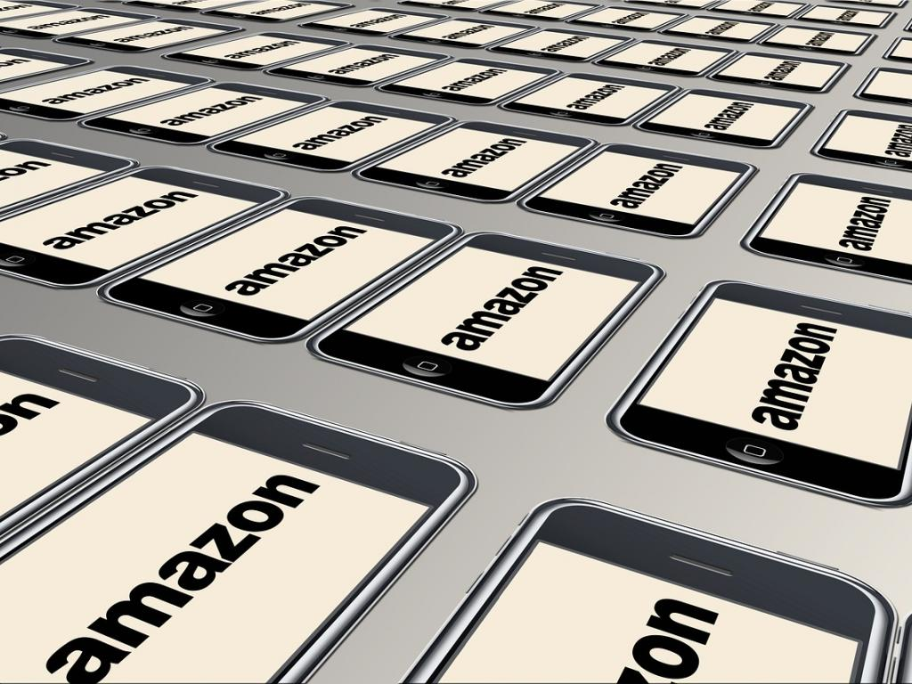 Report Amazon Researching A Banking Product