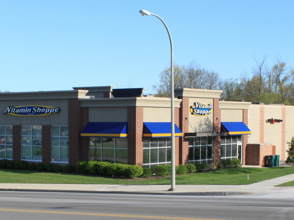 Vitamin Shoppe (NYSE:VSI) reports 1Q17 Profit Down 45%; Misses Street View