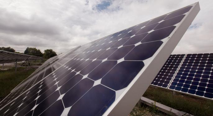 Why Playing Solar Via ETFs Is 'Safer' Than Single Names