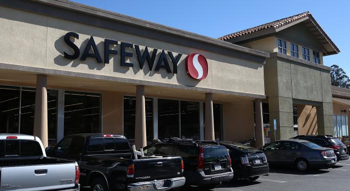 Safeway Shares Rallying Despite Q3 Profit Miss, Lowered Outlook