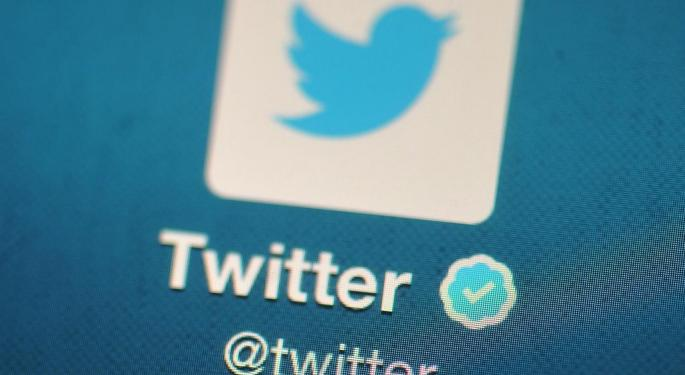 The Top 100 People To Follow On Twitter For Financial News
