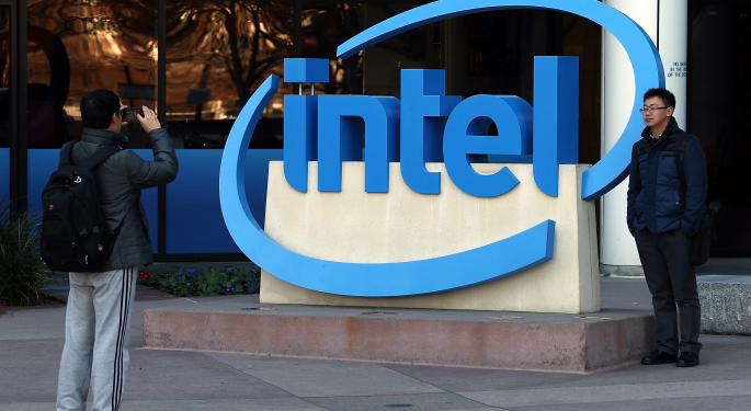 Raymond James: Altera-Intel Deal Still On