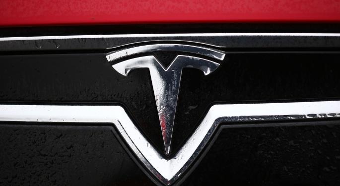 Stifel Likes Tesla, But Warns Of Few Catalysts To Turn Bears Bullish