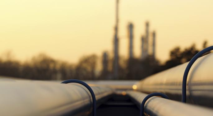 How Are Hedge Funds Playing Oil?