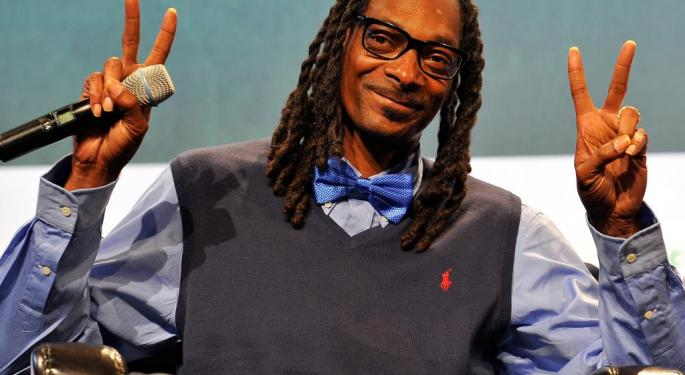 Snoop Dogg Upset With Xbox, Threatens Bill Gates: 'What The F**K Are You Doing?'