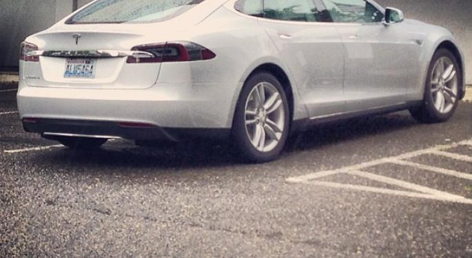 "Tesla Owners Give Car ""Highest Owner Satisfaction Rating in Years"""