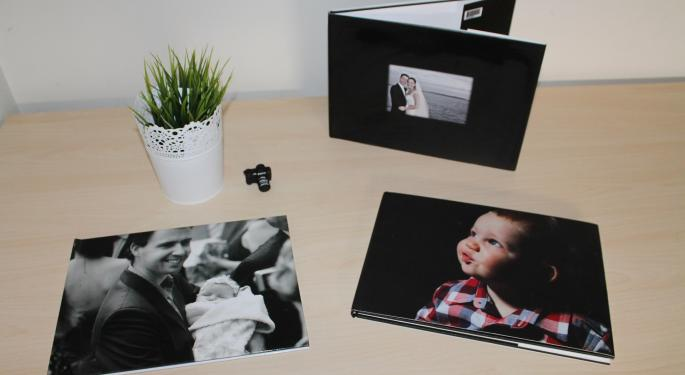 Aegis Capital's Q4 Tracker Is Largely Favorable For Shutterfly