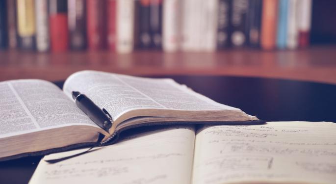 Benzinga Breaks Down Barnes & Noble Education's Q4 Earnings