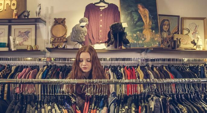 Stay Away From The Real Estate Play In Retail