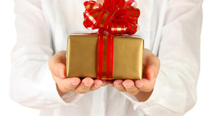 Guest Column: Annual Gift Exclusions Offer Tax Benefits