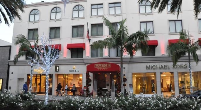 Michael Kors' Earnings Impresses Investors And Analysts