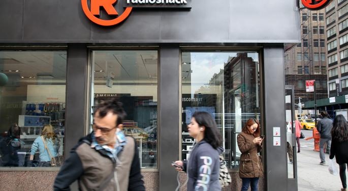 Over 1,000 Store Closures Coming For RadioShack Following Poor Earnings Report
