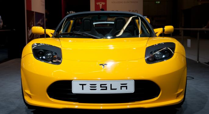 'No One Wants to Build Electric Cars Other Than Tesla,' Says David Booth TSLA