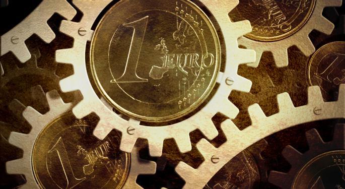 Euro Hangs On Greek Vote