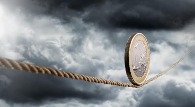 Euro Steady Even As Investor Sentiment Slips