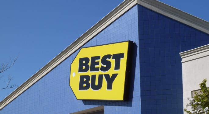 Best Buy Pops Higher on Schulze Takeover Report